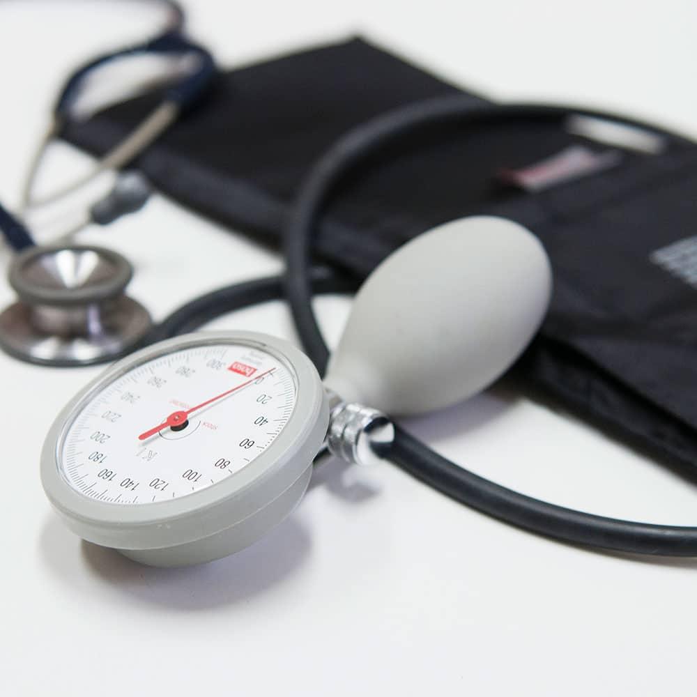 https://www.gesundheitszentrum-bachem.de/wp-content/uploads/2015/12/leistungen-page.jpg